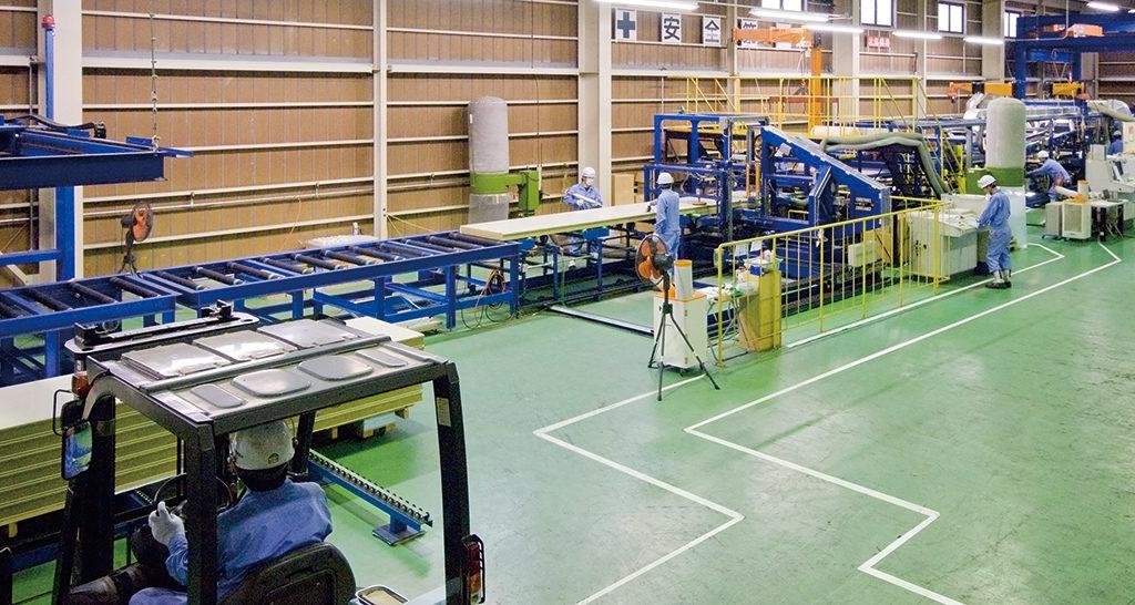 加須工場 全自動一貫製造ライン